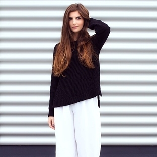 CULOTTES AND BLACK KNIT