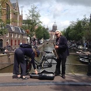 AVRUPA'NIN EN MUTLU ŞEHRİ : AMSTERDAM