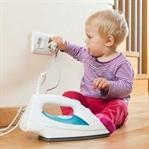 Bebek ölümlerine yol açan ev kazalarından korunmak
