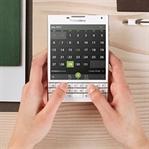 Renkli BlackBerry Passport'lar Satışta