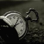 Zaman Zamansız Geçiyor Bazen
