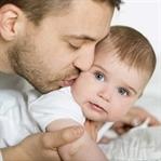 Ağlayan bebekler için babalara 7 öneri