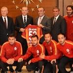 Galatasaray'dan Cumhurbaşkanı Erdoğan'a ziyaret