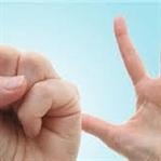 Parmaklarınıza sakın bunu yapmayın !