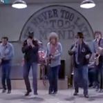Blues Brothers filmini sevmeyen var mı?