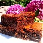 Çok Çikolatalı Brownie Tarifi