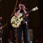 Neil Young, Küçükçiftlik Park'ı salladı!