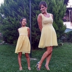 Anne-kız elbiseleri