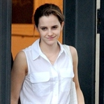 Emma Watson Londra'da Görüntülendi