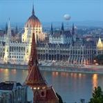 İlk Kez Budapeşte ve Berlin, Roma ve Amsterdam