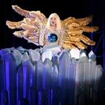 """""""Alkış"""" İçin Yaşayan Kadın: Lady Gaga"""