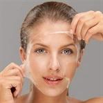 Yumurta maskesiyle cildinizi temizleyin ve genç..