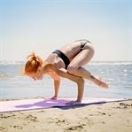 10 Enteresan Yoga Pozisyonu, Sexy mi? Sağlıklı mı?