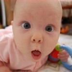 Bebeklerin Büyüklere Attığı 16 Acı Dolu ama Komik