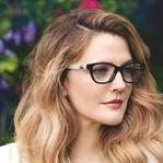 Gözlük Kullananlar Nasıl Makyaj Yapmalı?