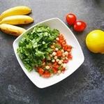 Nohutlu Çiğ Ispanak Salatası