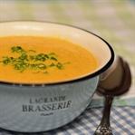 Orange ohne Kürbis: Karotten-Orangen-Suppe