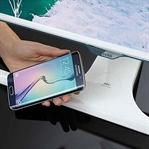 Samsung'un Kablosuz Şarj Destekli Yeni Monitör