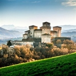 İtalya'da Bir Kale: TORRECHIARA
