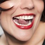 Muz ile Dişleri Beyazlatma