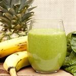 Ananaslı Detoks İçeceği