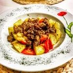 Fırın Poşetinde Baharatlı Mantar ve Sebzeleri