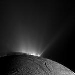 Uzayda Yaşamın Sırrı Satürn'de mi Çözülüyor?