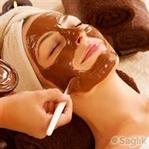Cildinizi yenilemek için, çikolata maskesi