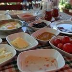 En İyi Kahvaltı Mekanı:Kalender Tepe