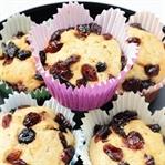 Goji Berry ve Yaban Mersinli Tam Buğday Muffin