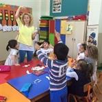 Anne Çocuk etkinliği -- Kaşık Kukla Yapımı