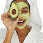 Kuru ciltlere doğal avokado maskesi