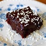 Çikolata Canavarlarına Özel Çikolatalı Küp Kek