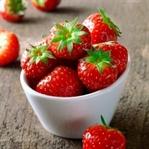 Yaz Meyvesi Çilek: Zayıflamada Etkisi Var mı?