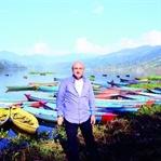 DÜNYANIN ÇATISI, NEPAL'DEN DÖNÜŞ ZAMANI