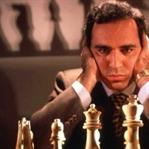 Satranç ustası Kasparov'dan yöneticilere tavsiyele