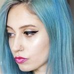 Tek Adımda Eyeliner Nasıl Sürülür?