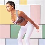 Tüm Vücudu Taş Gibi Yapan Ev Egzersizi