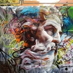 Yunan tanrıları grafitiyle buluşuyor