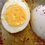 Sahanda Tereyağlı Yumurta Kapama