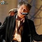 Gülümseten Nobel, Bob Dylan