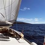 Segeln in Dalmatien: Der Sonne entgegen