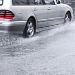 Yağmurda Araba Kullanma Teknikleri