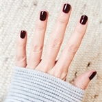 Nails of the week: Black Cherry von Burberry