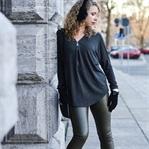 Outfit: Sweater mit Zipper und Ohrenschützer