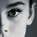 """Audrey Hepburn """"Breakfast at Tiffany's"""" Makyajı"""