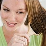 Dipleri yağlı uçları kuru saçlar