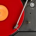 Kırmızılı Şarkılar