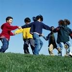 Çocuk yaşamı oynarken öğrenir!