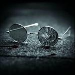 Genç kalemin yakışıklı sayfası: Camı Kırık Gözlük